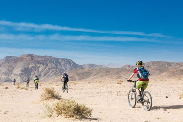 Jordan bike tour cycling desert
