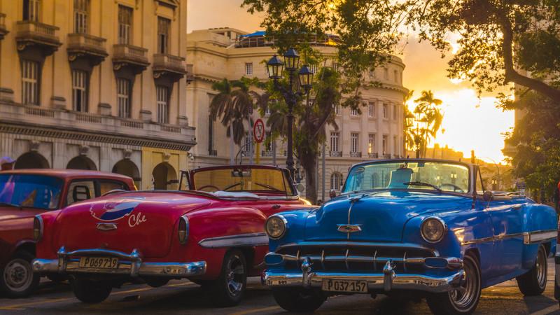 Vintage cars at sunset in Havana