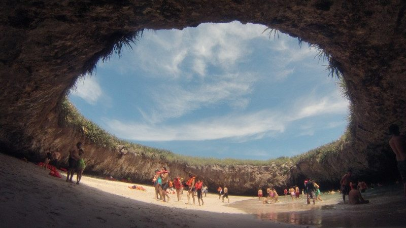 Mexico's isolated Hidden Crater Beach
