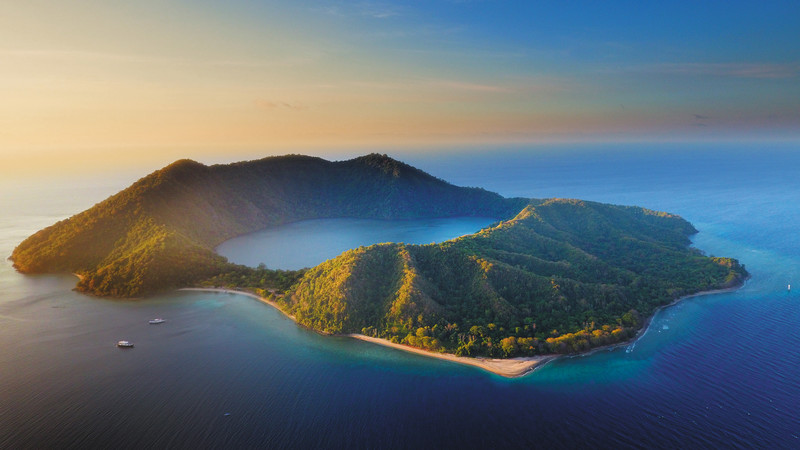 Satonda Island, Indonesia