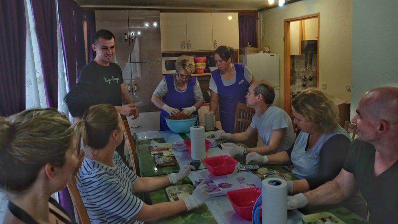 balkans sarajevo cooking class in guesthouse