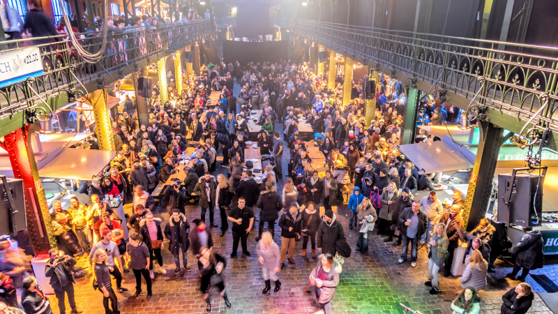 Crowds at the old fish market hall in Hamburg