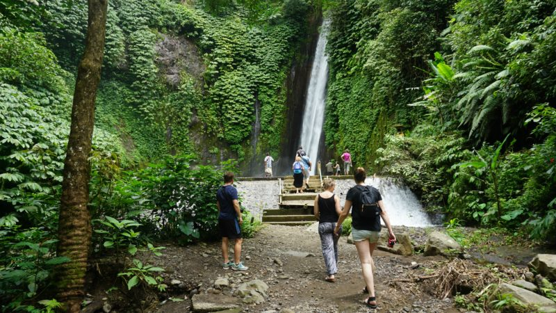 What to do in Ubud hiking waterfall