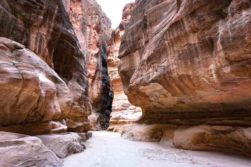 Petra guide Jordan siq