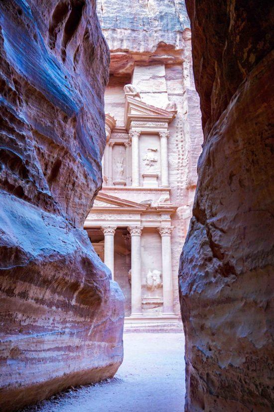 Petra guide Jordan Siq Treasury