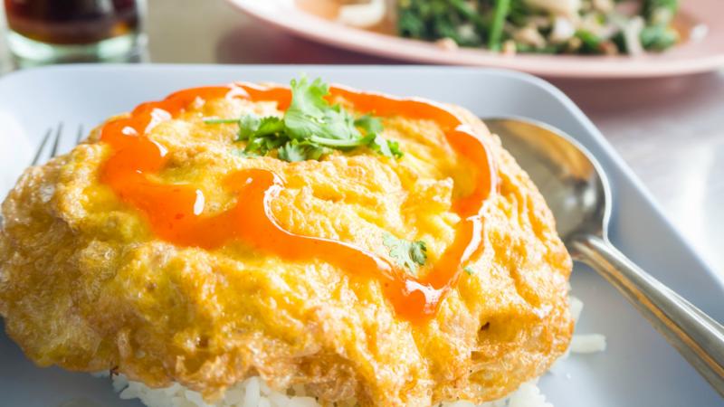 Kai jeow, a traditional Thai breakfast