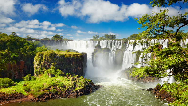 Views of Iguazu Falls from the Argentinian side