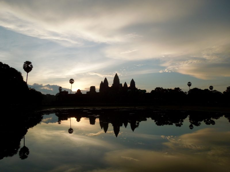 Angkor Wat guide sunrise