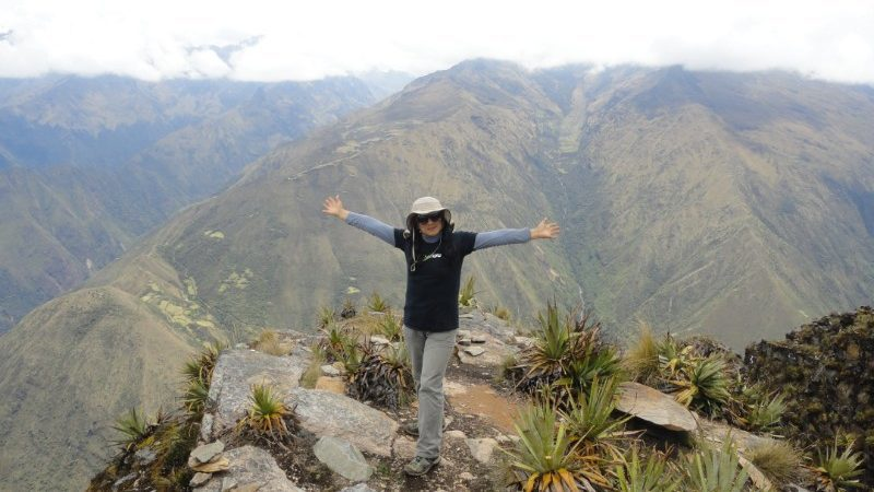 Traveller poses on the Choquequirao trek