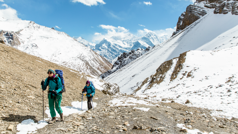 Hikers on the Annapurna Circuit Trek