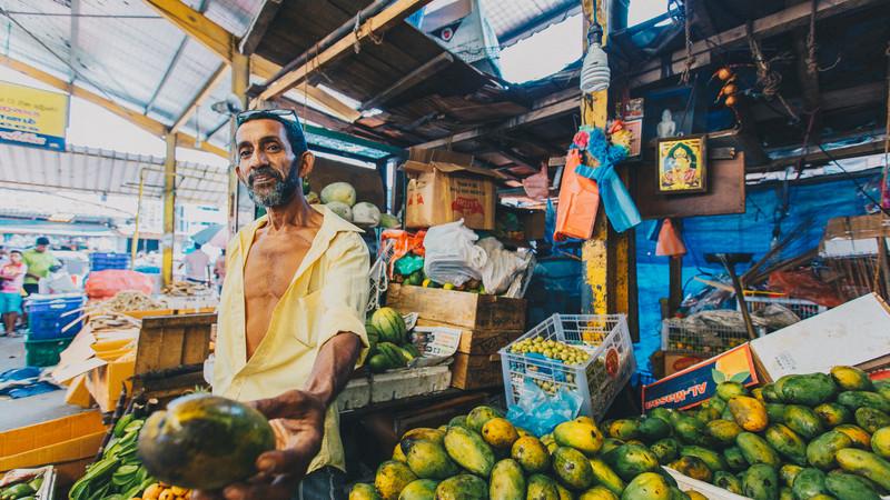 Sri Lanka tour Colombo market