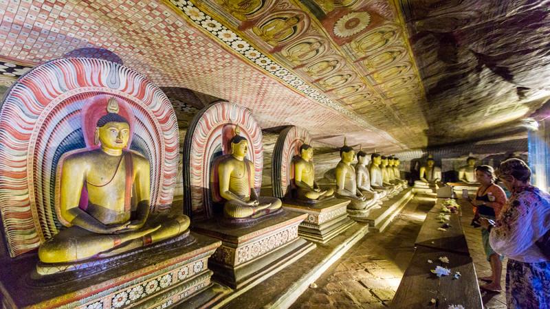 Sri Lanka tour Dambulla Caves