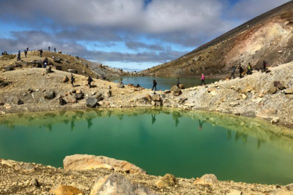 Tongariro Crossing green crater lake