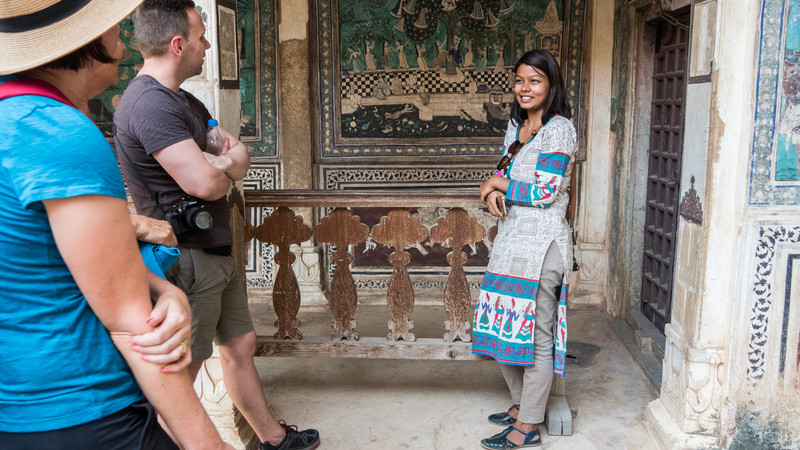 female tour guide at Bundi Palace