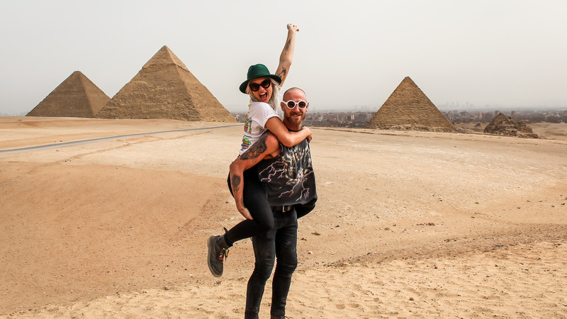 Travellers at the pyramids