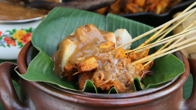 10 dishes you have to try in Indonesia
