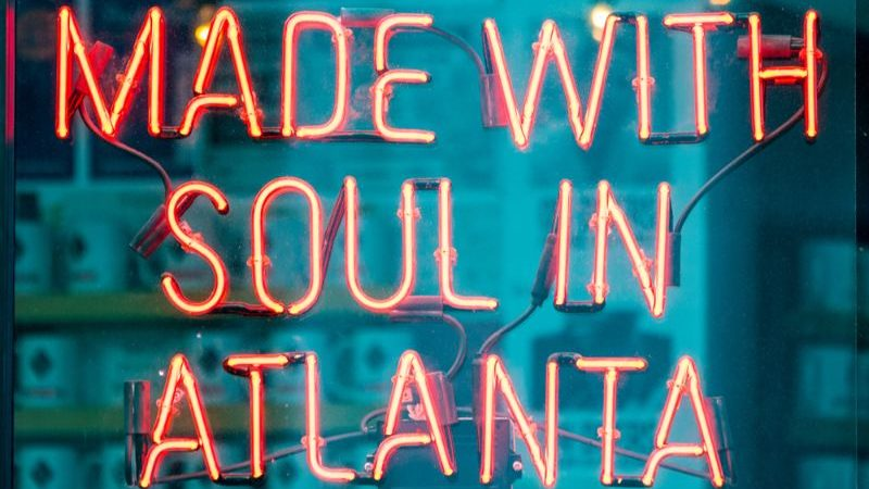 Neon sign saying Made with Soul in Atlanta.