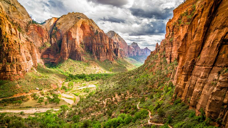 A view from the Canyon Overlook Trail in Zion National Park