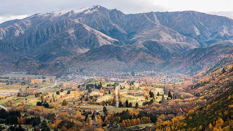 A scenic view of the mountains in Arrowtown, Queenstown