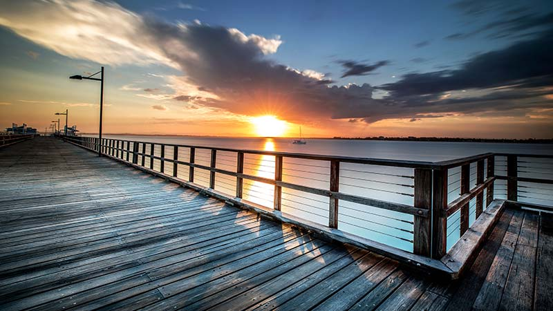 A beautiful sunset from the Woody Point Jetty in Brisbane.