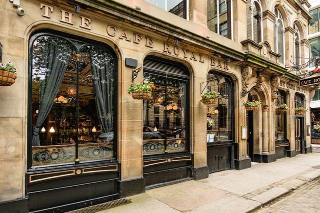 The Café Royal Bar in Edinburgh