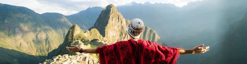 GSAI-essential-peru-machu-picchu-traveller-sunrise