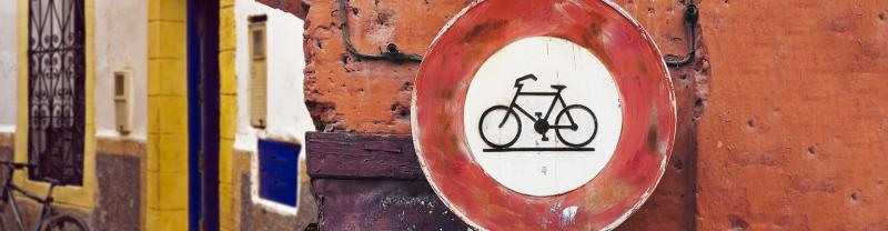 Morocco-cycling-street-sign