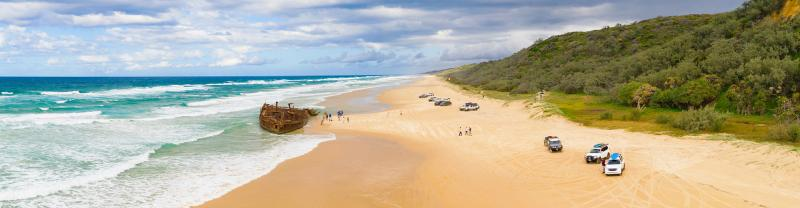 PASF - Panorama of Fraser Island and Maheno Shipwreck with 4x4 vehicles