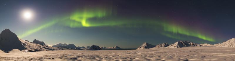 PPVF_Greenland-Explorer-Valleys-Fjords_northern-lights_banner