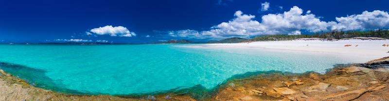 Panorama of Whitehaven beach, Whitsunday Islands in Queensland