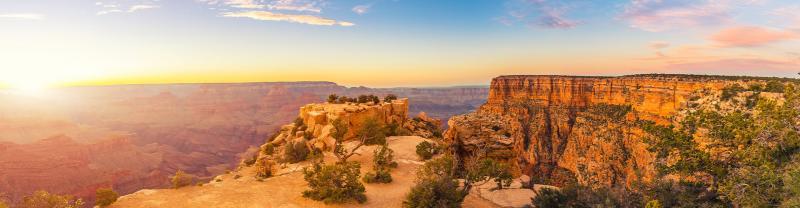 Sunset views of the Grand Canyon, Arizona