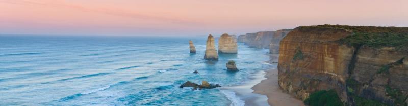 The Great Ocean Road's spectacular Twelve Apostles