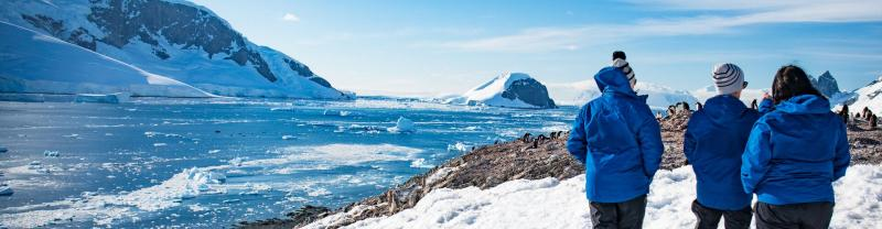 Experience the awe of an Antarctica Tour from Ushuaia