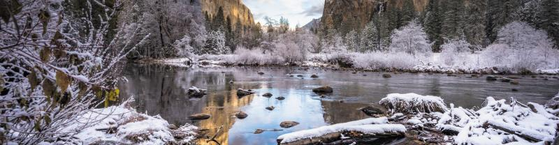 Yosemite Valley covered in snow and frost during the winter