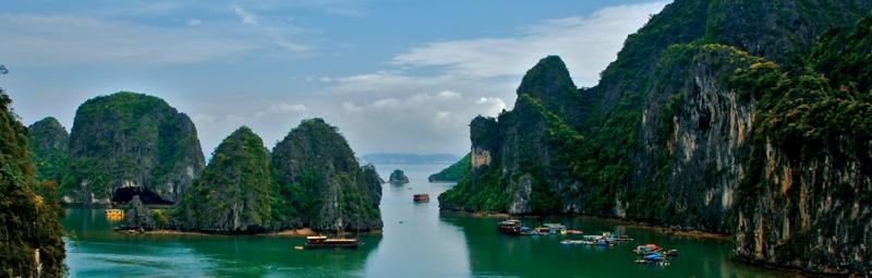 Beautiful green mountain shoot out of the sea in Halong Bay, Vietnam
