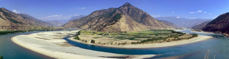 Yunnan yangtze river curve