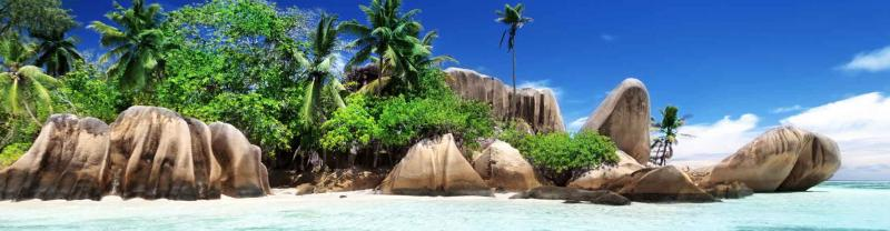 Clear waters of Anse Source d'Argent beach, La Digue island, Seychelles