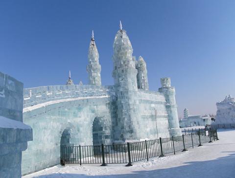 China's Harbin Ice Festival