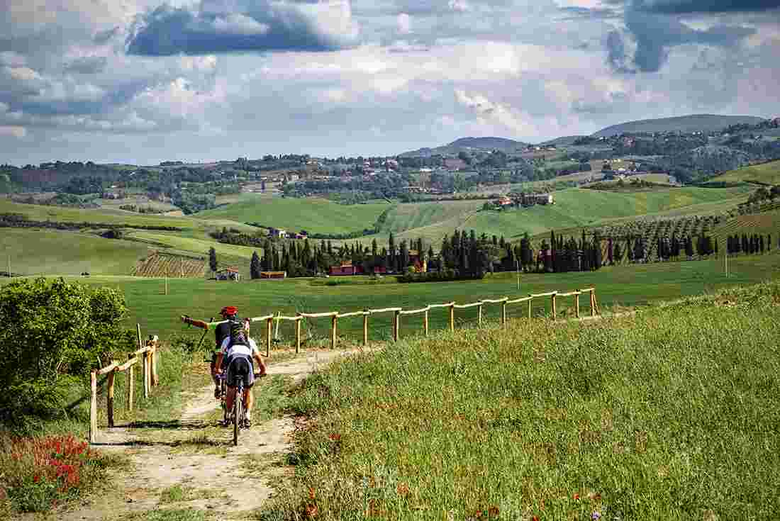 cycle tuscany intrepid travel us