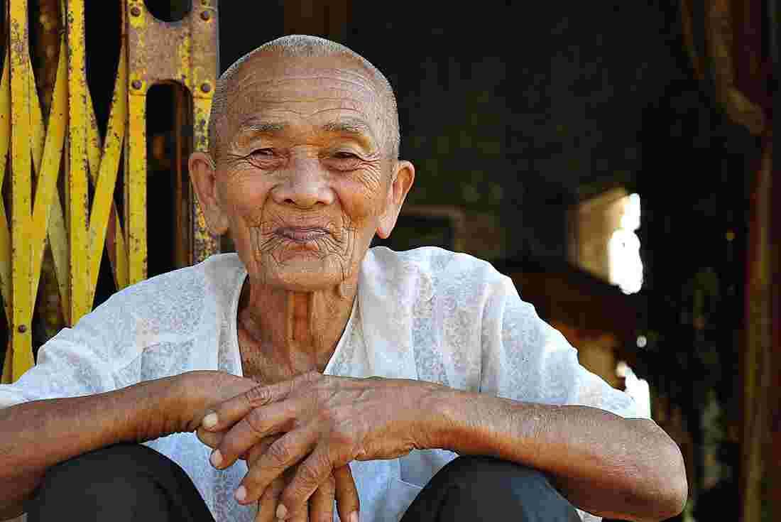 Dating cambodian man