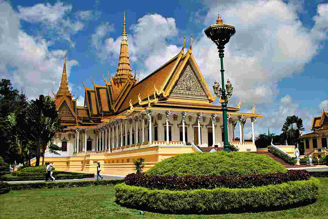 Intrepid Travel Best Of Cambodia And Vietnam