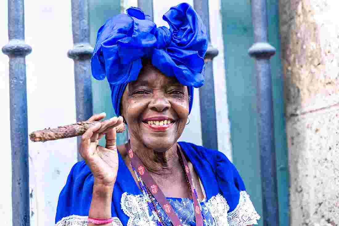 cuba havana cigar lady blue