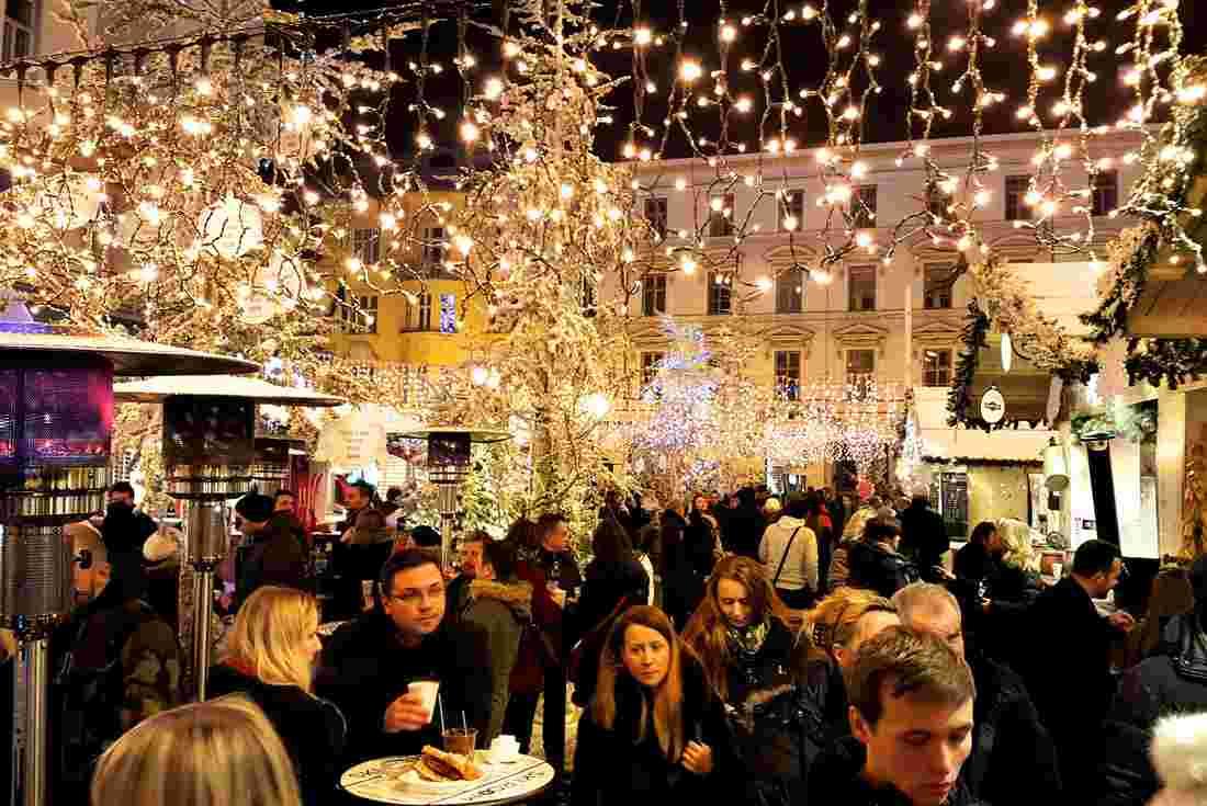 Europe Christmas Markets Budapest To Zagreb Intrepid Travel Ie