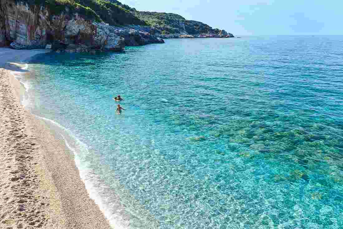 zorba the greek cliff notes