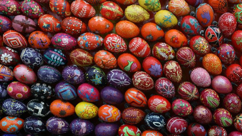 Ukraine-egg-painting---19th