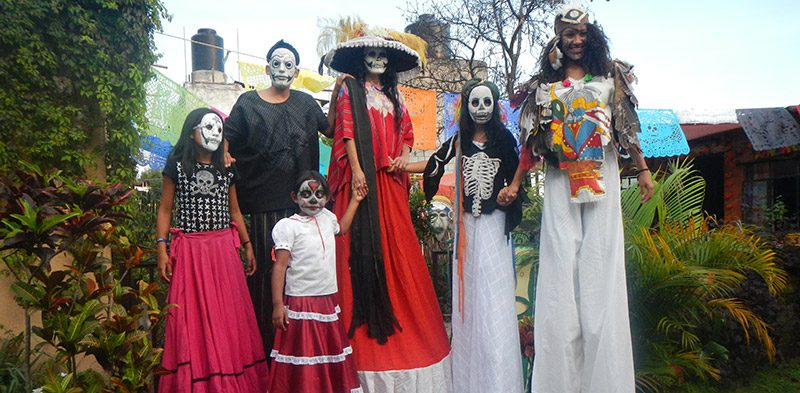 Dad of the Dead fancy dress in Mexico