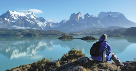 chile_patagonia_torres-del-paine-np-lake-pehoe