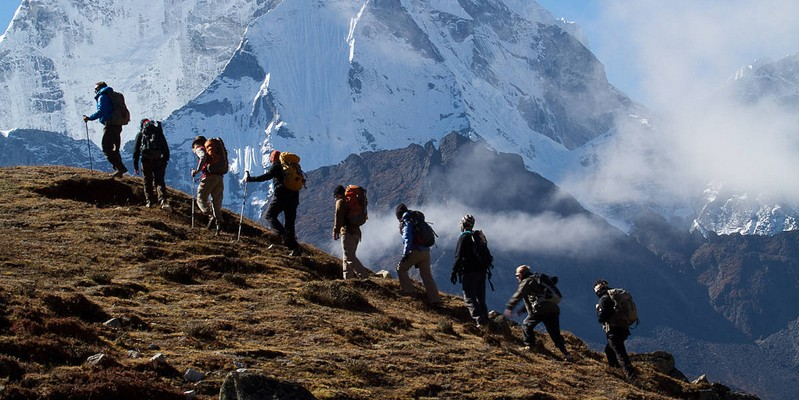 Trekking above Pheriche. Photo by Didrik Johnck