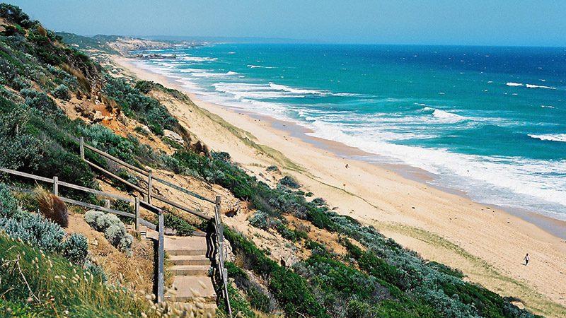 Sorrento backbench on the Victoria's Peninsula, Australia. Image Paul Hartyanszky