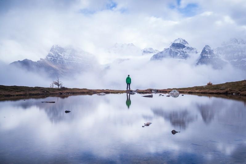 Minnestimma Lakes, Alberta